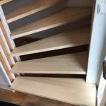 Treppenstufen erneuert und farblos lackiert